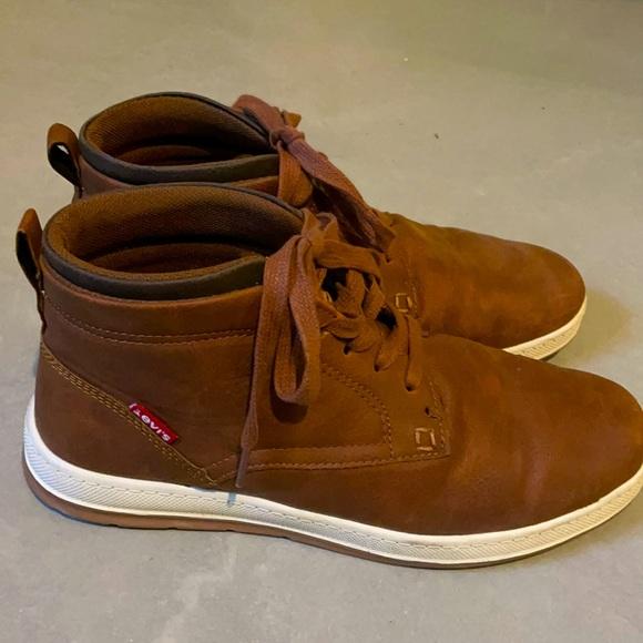 Levi's goshen shoe